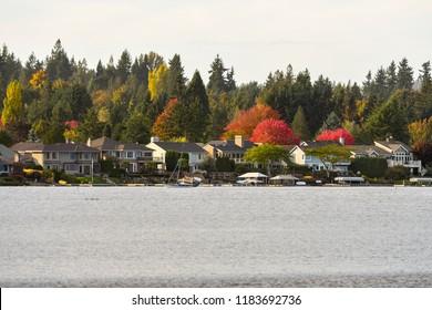 Waterfront homes in Lake Sammamish, Washington-USA