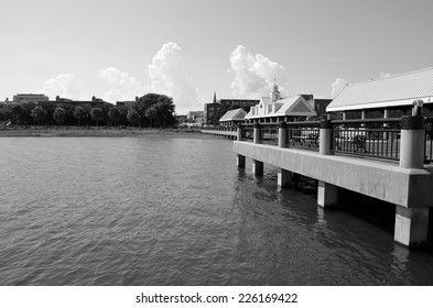 Waterfront Park Black and White