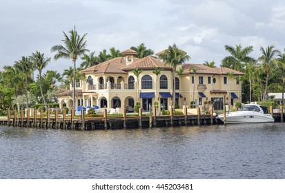 Waterfront real estate in Fort Lauderdale, Florida