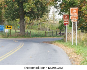 Watkins Glen, New York, Schuyler County, USA. 11/04/2028.  Historic Watkins Glen Grand Prix Course, Archy Smith Corner