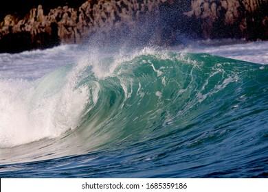 wave barrel blue beach life