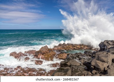 Waves crashing at Queen's Bath, Kauai, hawaii