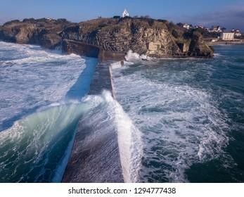 waves sea ocea