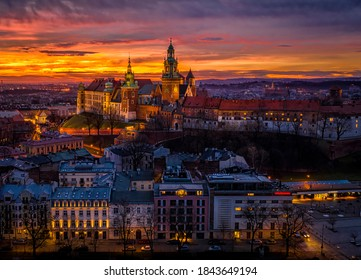 Wawel castle at dawn, Cracow, Poland