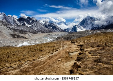 Way to Kala-Pattar, EVEREST BASE CAMP, NEPAL