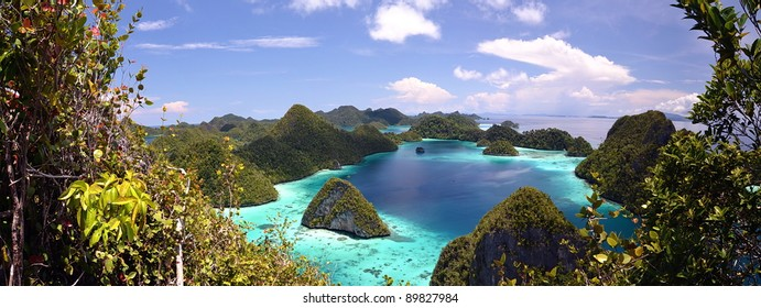 Wayag Island Panorama,  the most beautiful Scenery of Raja Ampat Island, papua, Indonesia.