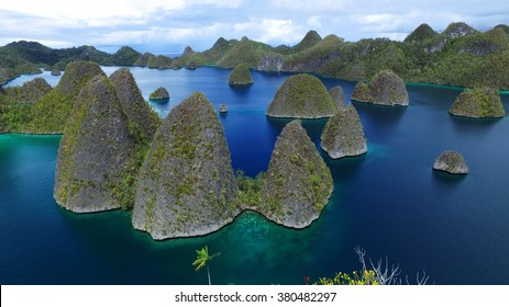 Wayag islands, Raja Ampat. West Papua