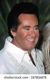 Wayne Newton at the Billboard Awards, Las Vegas, NV, 11/29/2001