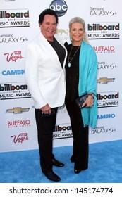 Wayne Newton and Kathleen McCrone at the 2013 Billboard Music Awards Arrivals, MGM Grand, Las Vegas, NV 05-19-13