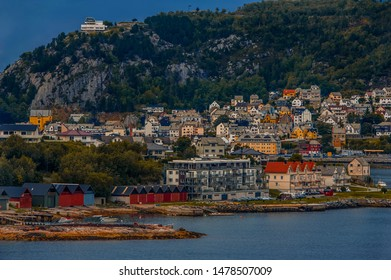 We visited Aalesund on the Atlantic coast in Norway and were pleasantly surprised by its marvelous fiords, nice houses, peaceful environment, and dynamic weather.