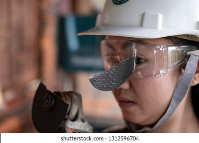Wear safety glasses saved this engineer women is eye while work because plug in cutting disc broken, Dangers of using power tools, Safety first, broke, broken