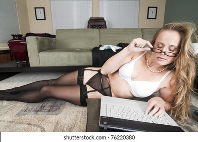 Web Cam Striptease #24