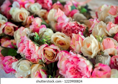 Wedding accessories. Wreaths of pink roses for bridesmaids.
