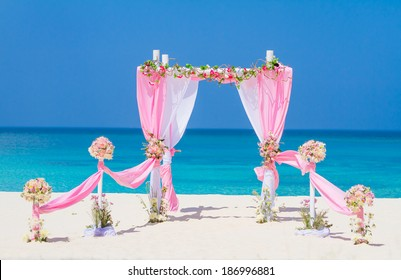 Wedding Gazebo Images, Stock Photos & Vectors | Shutterstock