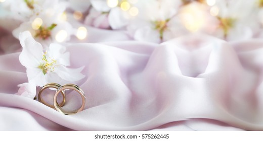 1000 Gold White Wedding Background Stock Images Photos