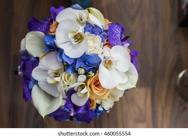 Wedding bouquet arrangement