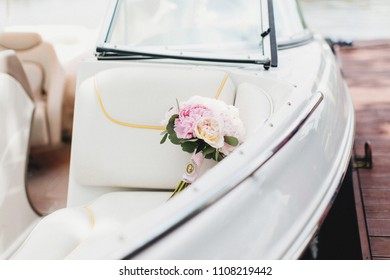 Wedding bouquet in the boat