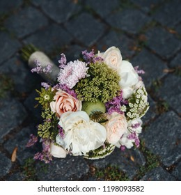 wedding bouquet an important bridal accessory