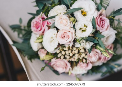 Wedding bouquet made of pink and white roses