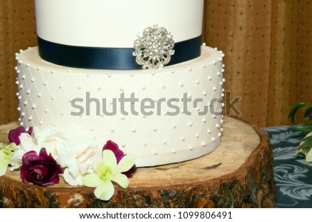 Wedding Cake Blue Ribbon Stock Photo Edit Now 1099806491