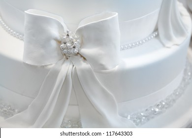 Wedding cake decorated with pearls