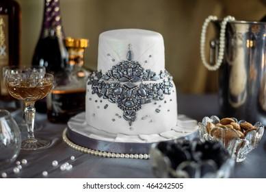 wedding cake on the decorated wedding table