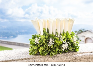 wedding ceremony and wedding confetti