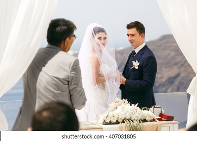 Wedding ceremony on the sea shore