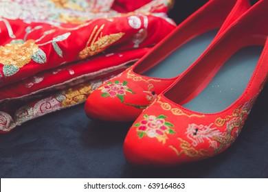 Wedding chinese shoes