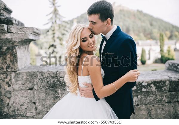 Custom Bride /& Groom Blonde Or Brunette