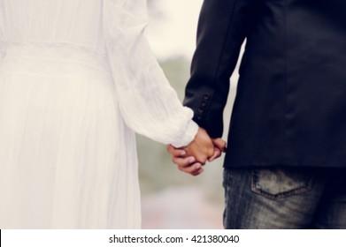 wedding couple blur people background
