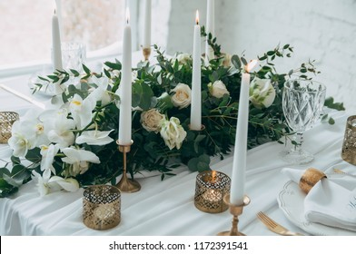 wedding decor, flowers, black and gold decor candles