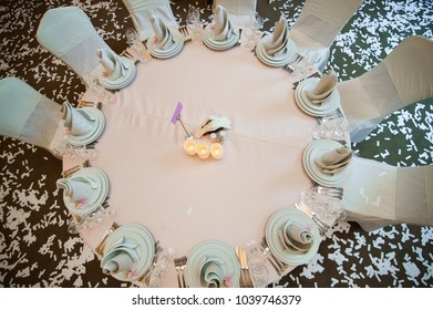 wedding decor with flowers in the restaurant on the wedding day