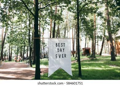 Wedding decor for summer celebration