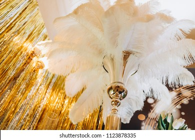 Wedding feather decor