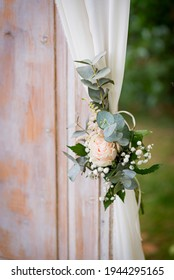 Wedding floral decoration. Wedding detail.