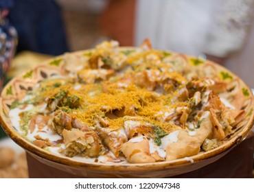 Wedding food / Samosa chaat