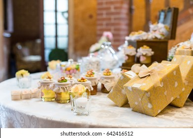 wedding gifts for wedding guest