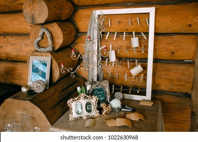 Wedding guest book ideas for leaving messages for the couple. Wedding decoration. Artwork.