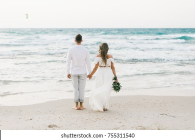 wedding love story on the beach