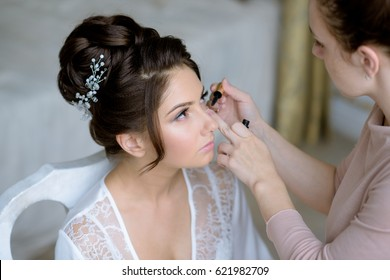 Makeup Artist Bridal Images Stock Photos Vectors Shutterstock
