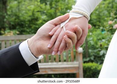 Wedding pair love hands hand marriage