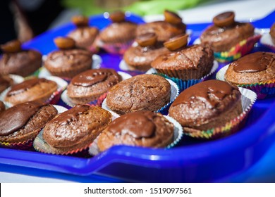 wedding party cupcakes muffin - made of chocolate
