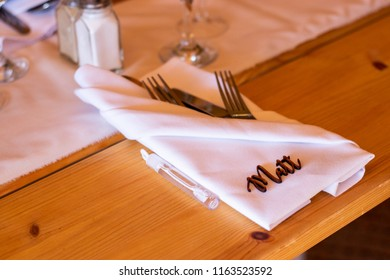 Wedding placemat with personalised name made from wood 2.