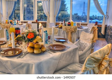 Wedding restaurant waiting for guests