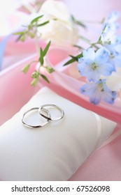 Wedding ring with elegant blue flower