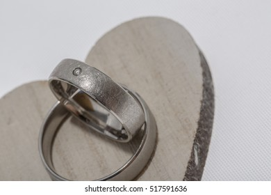 wedding ring / heart / rose