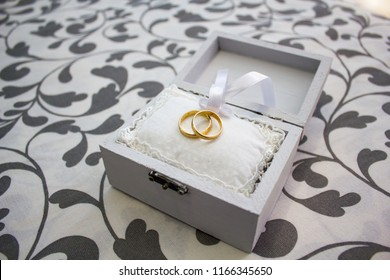 Wedding rings in a nice wooden box