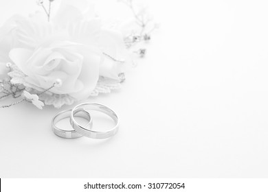 Wedding Rings Flowers Images Stock Photos Vectors Shutterstock