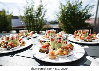 wedding snack and entertainments